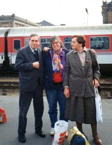 Auf dem Bahnsteig am 06.04.1991. Warten auf den Zug nach Moskau