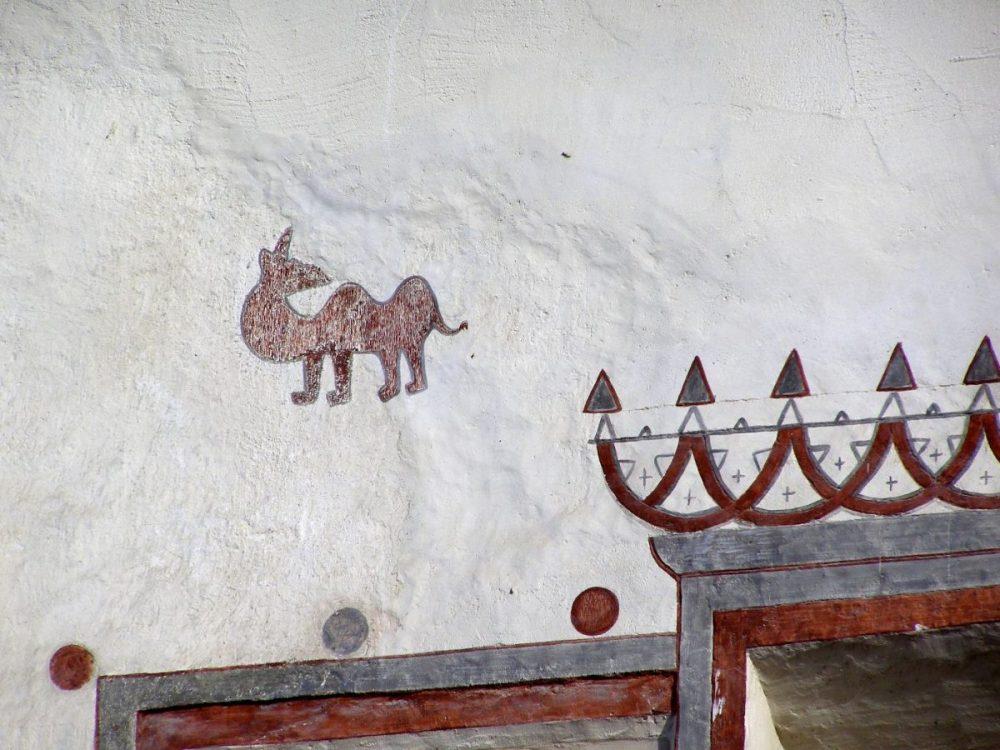 Das Kamel an der Hauswand