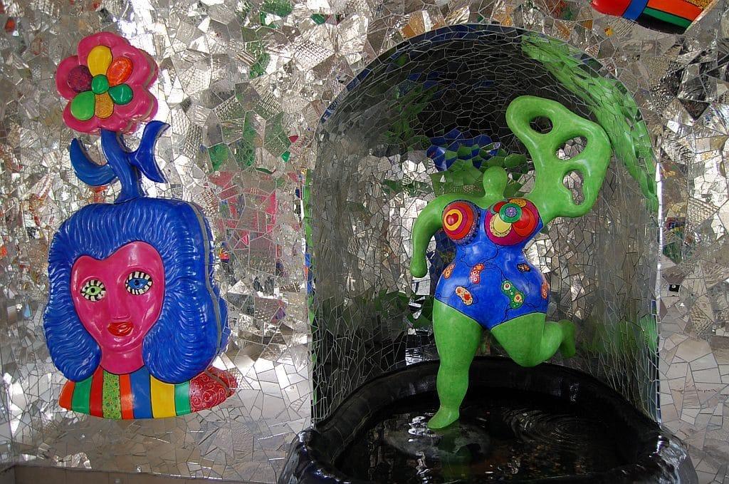 Grotte der Niki de St Phalle