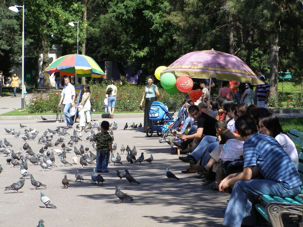 Almaty: Im ehemaligen Gorki-Pakr, heute Zentraler Park für Kultur und Freizeit