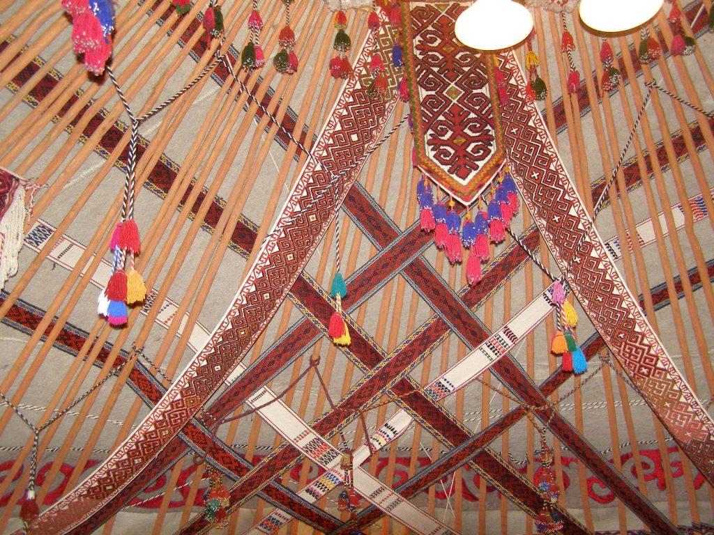 Die Decke in einer Jurte