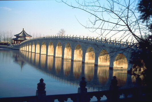 Sommerpalast - die alte Brücke