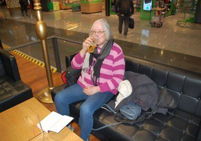 Flughafen Frankfurt - Ich gönne mir ein Bier